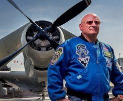 تجربه یک سال زندگی در فضا: زندگینامه اسکات کلی منتشر شد