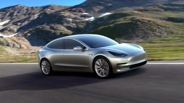 خودرو الکتریکی تسلا مدل 3 با پیش بینی برنامه تولید فاصله زیادی دارد