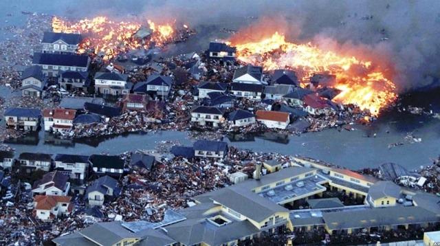 14. زلزله کوبه (هانشین) در ژاپن