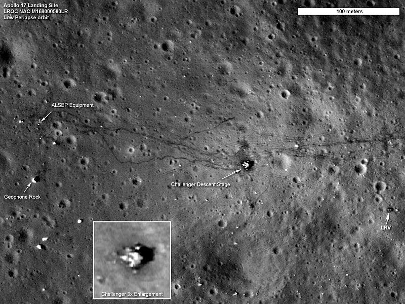 محل فرود آپولو ۱۷ که توسط مدارگرد اکتشافی ماه (LRO) به ثبت رسیده است. (اعتبار: NASA)