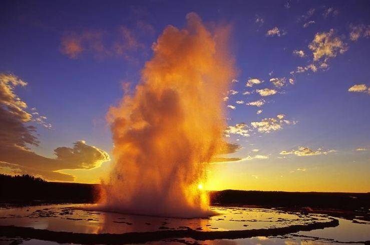 معرفی بعضی از بزرگترین و قویترین آتشفشان ها در دنیا