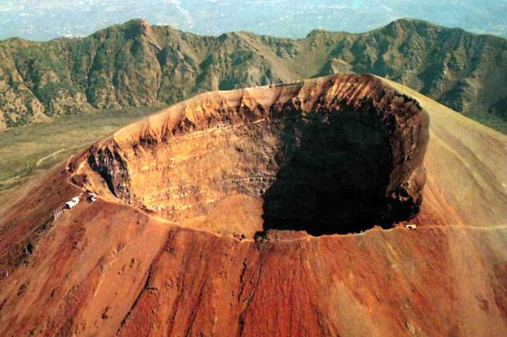 تعدادی از بزرگترین و قویترین آتشفشان ها در جهان