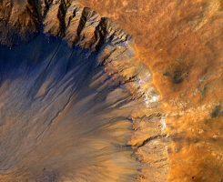 آب مایع در سطح مریخ وجود ندارد ؛ وقتی ناسا هم اشتباه میکند!