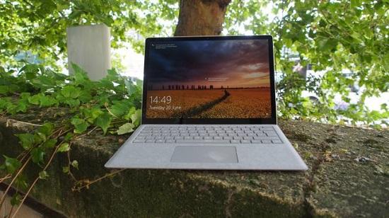 مایکروسافت سرفیس لپ تاپ