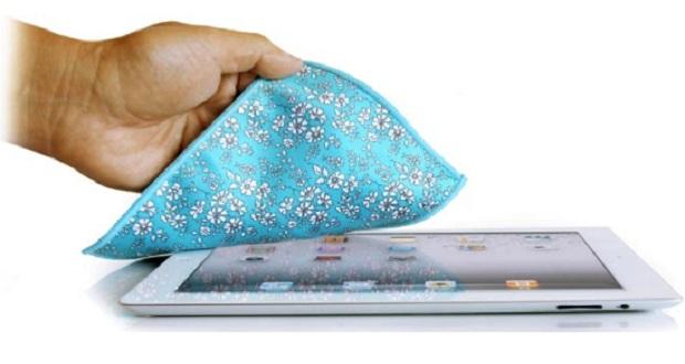 آموزش تمیز کردن صفحه نمایش لمسی : اگر به لکهها حساس هستید، این مطلب را حتما بخوانید!