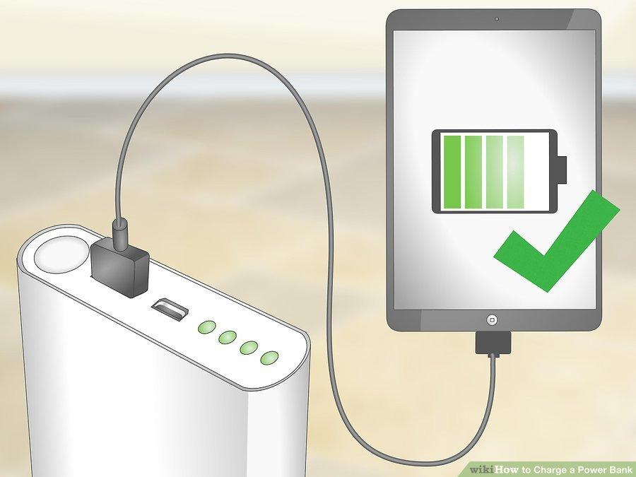 3. مطمئن شوید که پاور بانک به خوبی شارژر شده است. پس از شارژ شدن پاوربانک، یک دستگاه الکترونیکی خود را با کابل USB به پاور بانک متصل کنید، اگر دستگاه شروع به شارژ شدن کرد، پاور بانک به خوبی شارژ شده است.