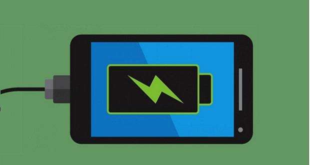 کدام یک از گوشیهای هوشمند سال 2017 بهترین عملکرد باتری را دارند؟