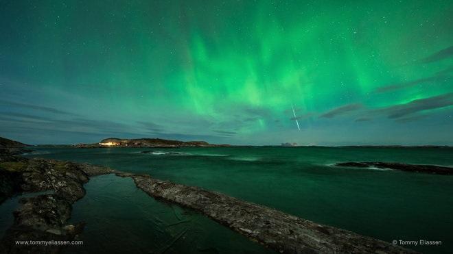 تامی الیاسن (Tommy Eliassen) تصویر تماشایی زیر را در ۱۲ دسامبر ۲۰۱۴ در لووند (Lovund) نروژ به ثبت رساند.