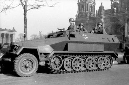 5. ماشین زرهپوش جنگی SD KFZ 251