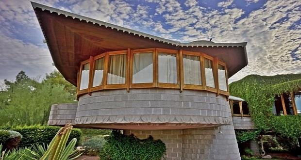 این خانه زیبا در آریزونای آمریکا یکی از بهترین ساختمان های ساخته شده توسط معروف ترین معمار آمریکا است که برای پسرش دیوید، ساخته است.