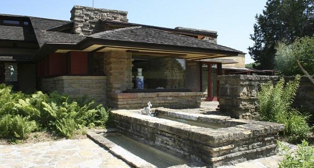 در ایالت ویسکانسین اثر دیگری از فرانک لوید رایت وجود دارد. در بین اهالی این منطقه، این ساختمان به نام خانه تالیسین (Taliesin home) معروف است. این بنای سنگی در ارتفاع مشخص، بر فراز تپههای این ایالت قرار گرفته است.