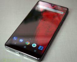 فروش تنها ۵۰ هزار گوشی اسنشال فون ؛ اندی روبین ناموفق در فروش!