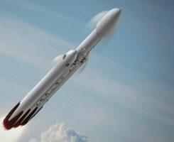 ایلان ماسک در ژانویه ۲۰۱۸ خودروی تسلا رودستر را به مریخ میفرستد