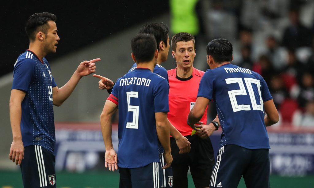 هیات بینالمللی فوتبال (IFAB) اعلام کرده است که هدف آنها دسترسی به دقت 100 درصدی در تصمیمات داروی نیست. بلکه جلوگیری از اشتباهات واضح است که میتوانند، تغییرات چشمگیری در نتیجه مسابقات ورزشی داشته باشند