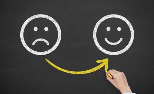 راهکار شاد زیستن شماره 5:به یاد داشته باشید با پول نمی توانید شادی را بخرید