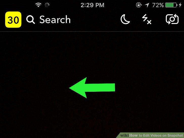 1. برای مشاهده استوریها، انگشت خود را به سمت چپ بکشید. توجه داشته باشید، پس از ارسال ویدیو در استوری اسنپ چت امکان اضافه کردن فیلتر و فیلترهای ویژه را به آن نخواهید داشت.