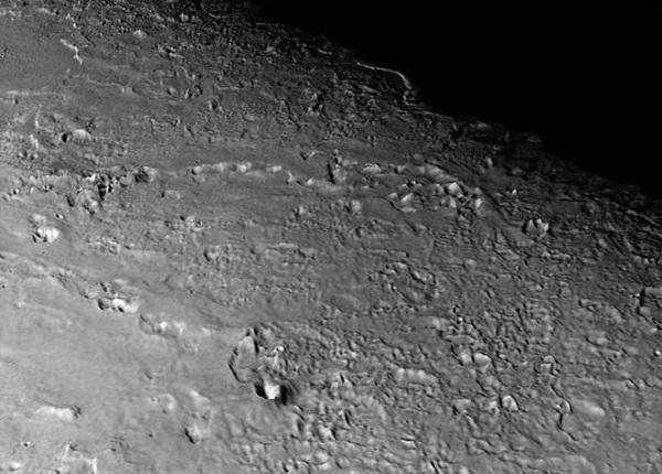 قمر تریترون