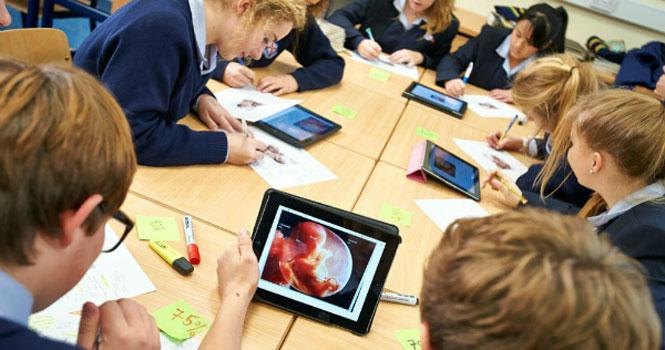 آموزش کدنویسی به معلمین توسط اپل؛ تلاش برای گسترش آموزش های رایانه ای