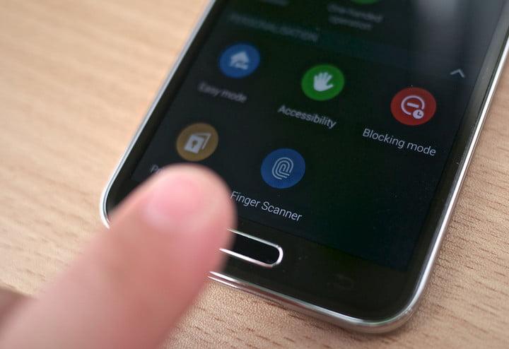 گام دوم: در حین انجام کار، گوشی را در حالت Safe یا emergency قرار دهید