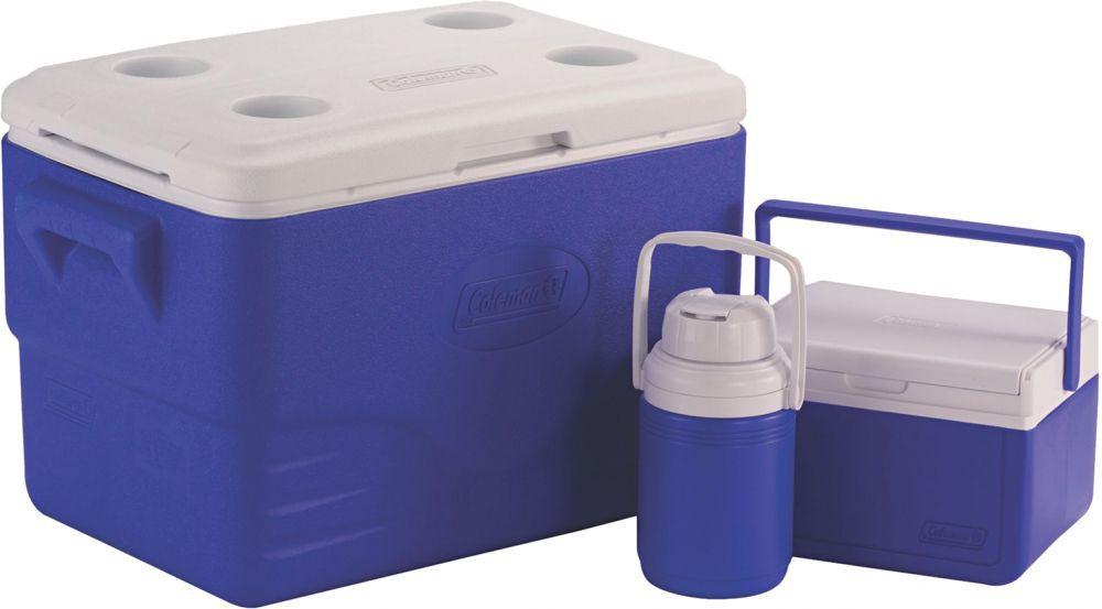 5. سعی کنید همواره یک یخدان یا کلمن با یخ فراوان به همراه داشته باشید و آب و برخی خوراکی هایی که احتمال دارد به وسیله گرما فاسد شوند را در آن قرار دهید. مخصوصا اگر کودکی به همراه دارید، این یخدان میتواند بسیار مفید واقع شود.