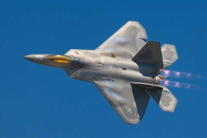 لاکهید مارتین اف-۲۲ رپتور (ایالات متحده آمریکا)