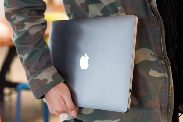 لپ تاپ مک بوک پرو (Mac Book Pro)