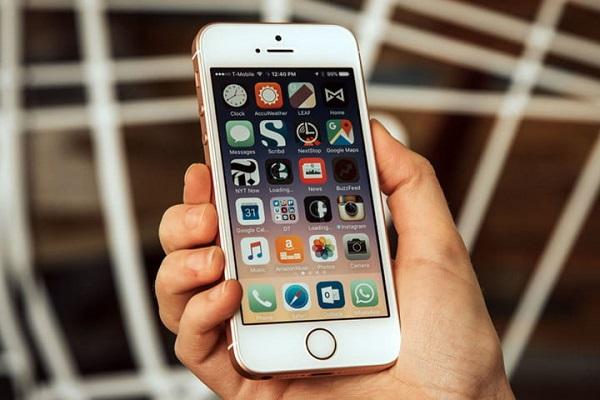 آیفون اس ای 2 (iPhone SE 2)