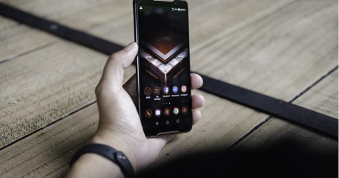 بررسی گوشی ایسوس راگ فون ؛ یک غول تمام عیار در دنیای گوشیهای گیمینگ