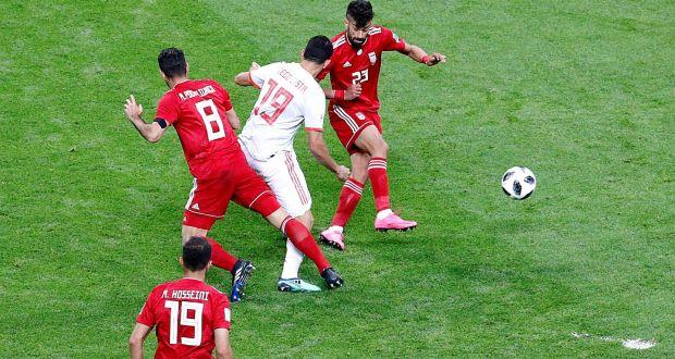 بازی ایران و اسپانیا با نتیجه یک بر صفر به نفع اسپانیا به پایان رسید؛ اما قصه فوتبال ایران همچنان ادامه دارد. این بار تکنولوژی اسپانیا را نجات داد!