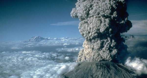 فوران سال ۱۹۸۰ در آتشفشان سنت هلن در آمریکا، این فوران عظیم، تخمین زده شده که فوران سنت هلن، با مقیاس ۵ درجه شدت انفجار آتشفشانی رخ داده است