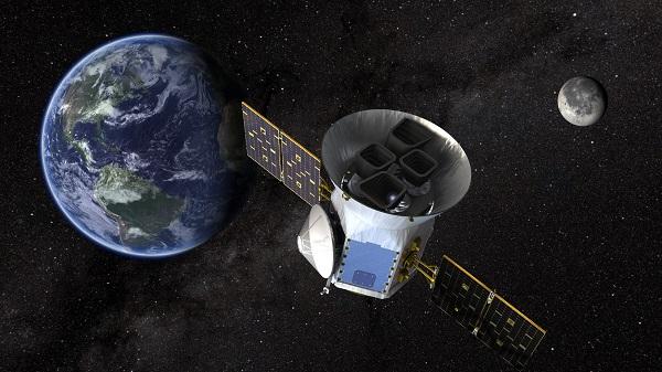 ماهواره تس