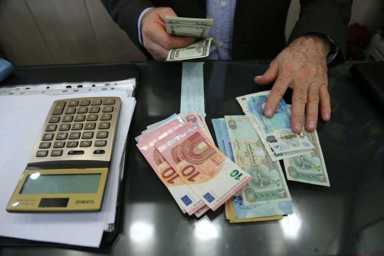 مبادله ریال و دلار