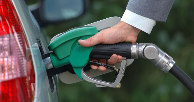 سهمیه بندی بنزین نزدیک است؛ در مصرف بنزین هم صرفه جویی کنید!