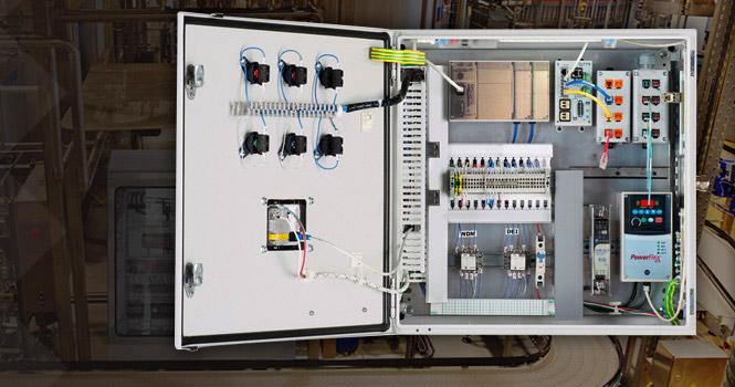 اجزای تشکیل دهندهی تابلو برق، دوربین مداربسته، بردهای الکترونیکی و ECU