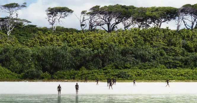 باغ وحش انسانی در خطرناک ترین جزیره جهان ؛ آینده هولناک جزیره سنتینل شمالی