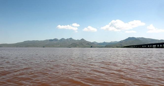 توقف طرح احداث دریاچه مصنوعی از حقابه دریاچه ارومیه