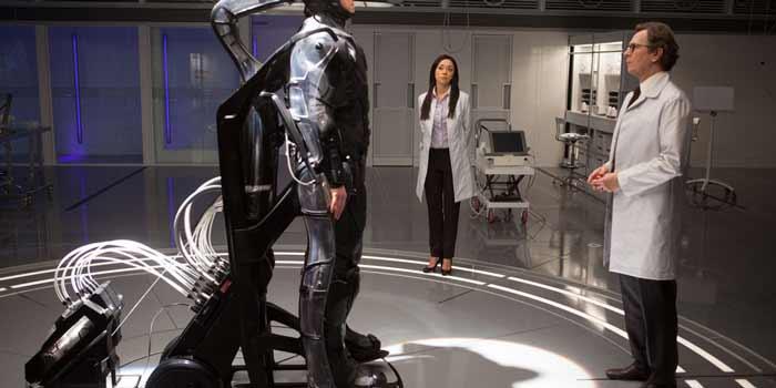 و هنگامی که تکنولوژی سایبورگی مانند فیلم پلیس آهنی، ظهور کند، ممکن است که در آینده، حتی دیگر تفاوتی بین انسانها و رباتها وجود نداشته باشد