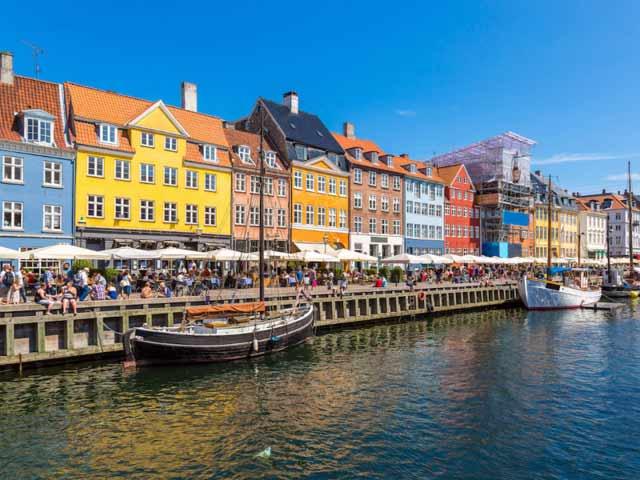 ۱۵. کپنهاگ، دانمارک