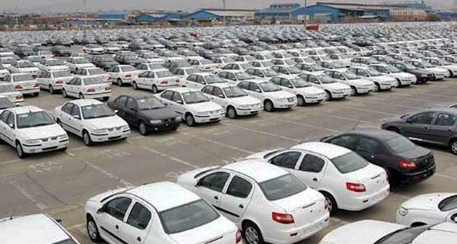 آیا تعلل در اعلام قیمت جدید خودروها از سوی شورای رقابت عمدی است؟