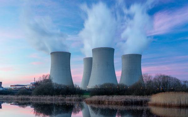 ایلان ماسک میگوید که سوزاندن سوختهای فسیلی، یک آزمایش دیوانهوار و غمانگیز در تاریخ بشر استایلان ماسک میگوید که سوزاندن سوختهای فسیلی، یک آزمایش دیوانهوار و غمانگیز در تاریخ بشر است