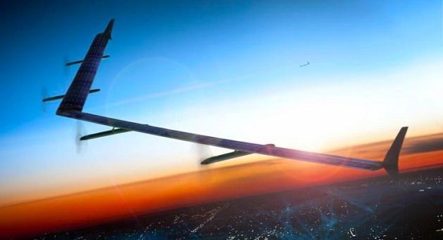 با استفاده از هواپیماهای بدون سرنشین میتوان اینترنت ارزان و سریعی را در اختیارکاربران مناطق دورافتاده و محروم قرار داد. {hendevaneh.com}{سایتهندوانه} - 598b62554fc3c02d008b7270 750 562 - کاربردهای پهپاد در زندگی امروزی ؛ استفاده از پهپادها در صنایع مختلف