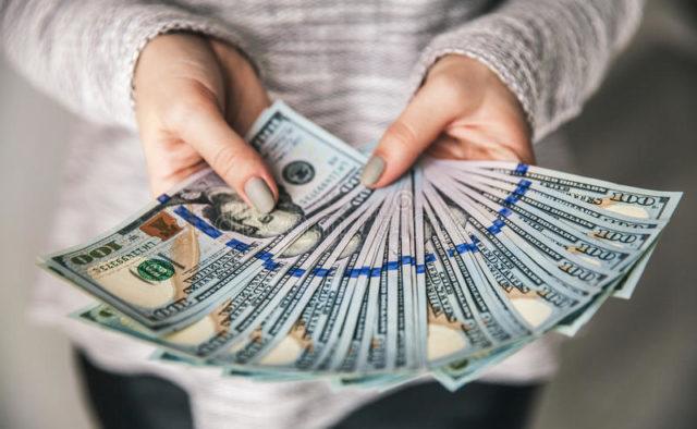بررسی قیمت دلار