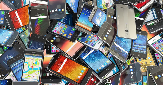افت نرخ ارز کاهش دو میلیونی قیمت موبایل را باعث شد