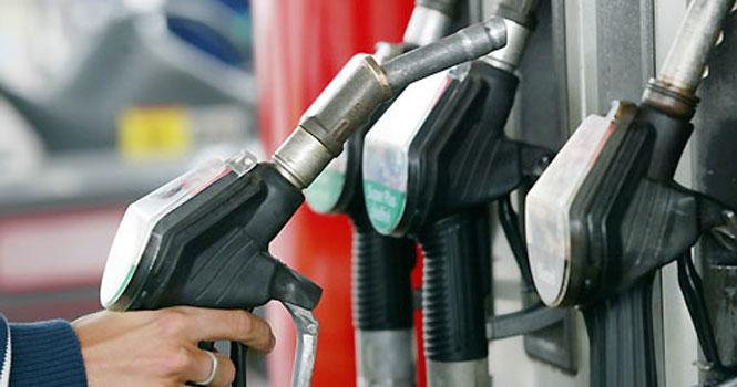 افزایش قیمت بنزین تا ۴۰۰۰ تومان؛ مقابله با قاچاق سوخت