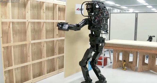 ساخت یک ربات کارگر ساختمانی برای کمک به ساخت و ساز توسط ژاپنیها