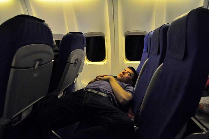 بی خوابی ناشی از سفر