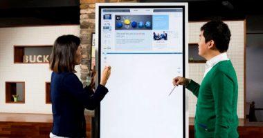 مروری بر قابلیتهای نمایشگر Flip سامسونگ ؛ دستیاری هوشمند در جلسات