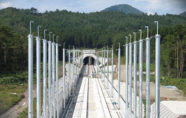 تونل هاکودا یکی از بلندترین تونل های ریلی جهان به طول 26.44 کیلومتر است