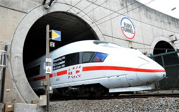 تونل مانش نه تنها یکی از بلندترین تونل های جهان است که شاید به جرات بتوان گفت معروفترین تونل دنیا نیز به حساب میآید.