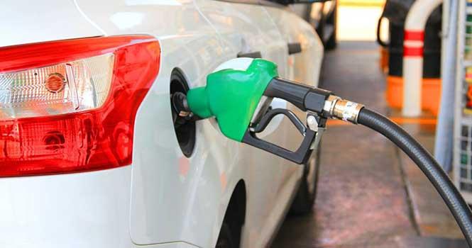 وزیر نفت: افزایش قیمت بنزین فعلا در دستور کار نیست